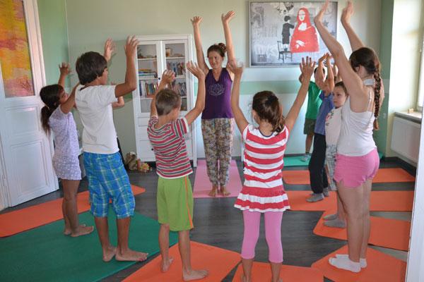 joga-za-otroke-sofija-lendava-2