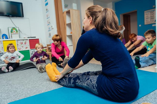 pravljična joga s tatjano